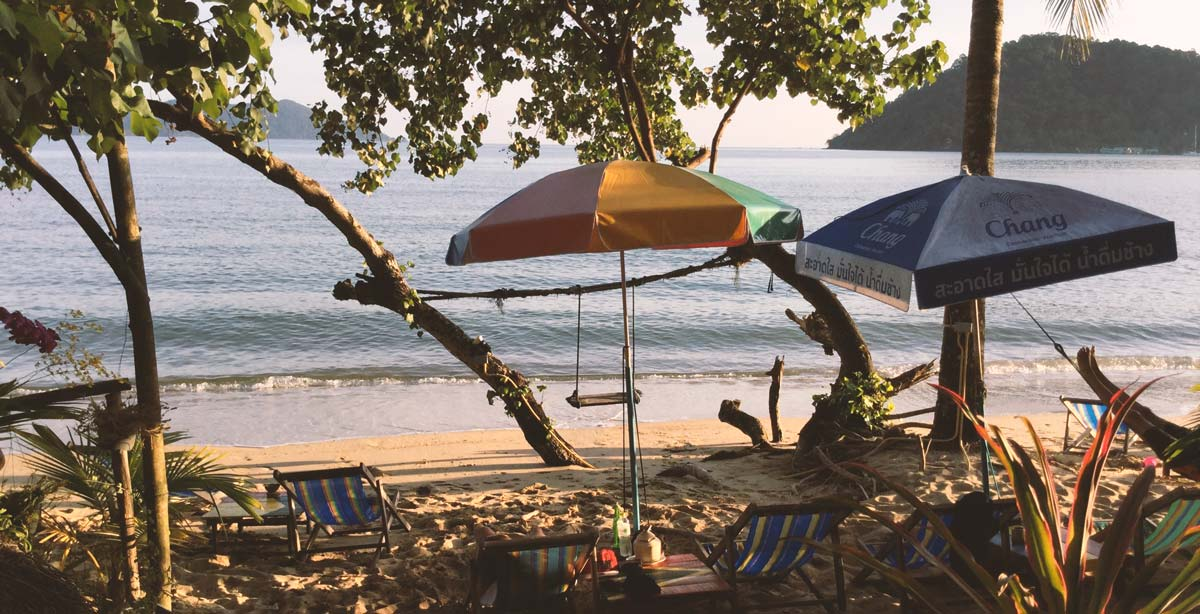 koh-chang-bungalow-and-beach