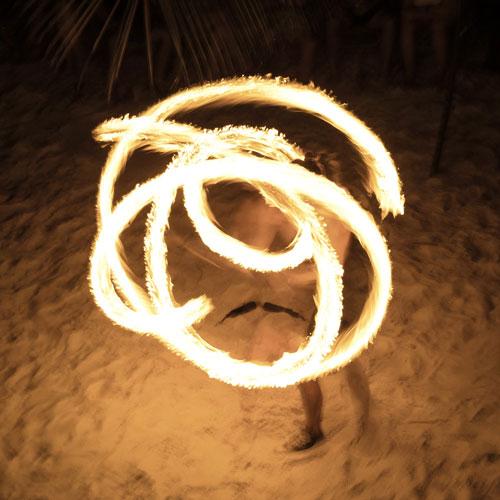 Feuershow auf Koh Rong Cambodia